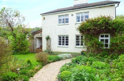 Last Minute Cottages - Lovely Torbryan Cottage S50261