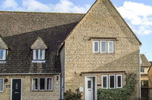 Big Cottages - Stunning Bourton On The Water Cottage S45501