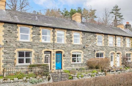 Last Minute Cottages - Charming Llanelwedd Cottage S74717