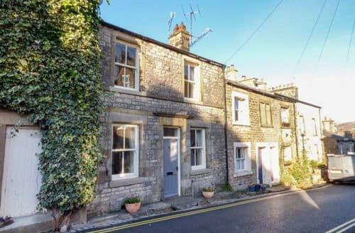Last Minute Cottages - Beautiful Kirkby Lonsdale Cottage S73314