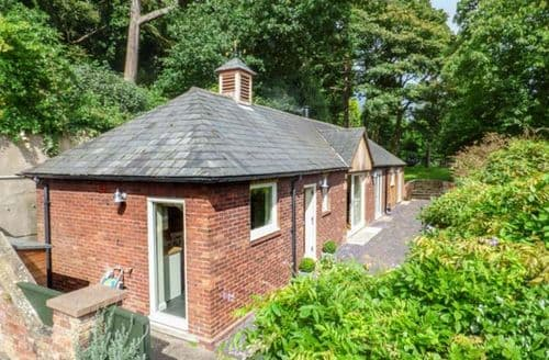 Last Minute Cottages - Superb Burton Cottage S50135
