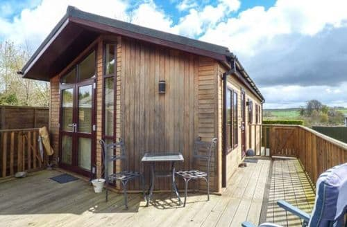 Last Minute Cottages - Little Gem Lodge