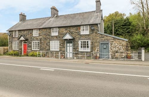 Last Minute Cottages - Tynewydd
