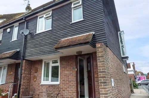 Last Minute Cottages - Rye House
