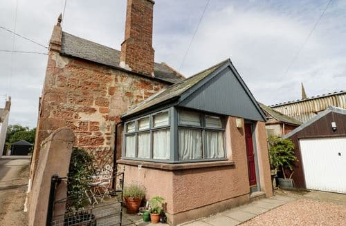 Last Minute Cottages - Bakery Cottage