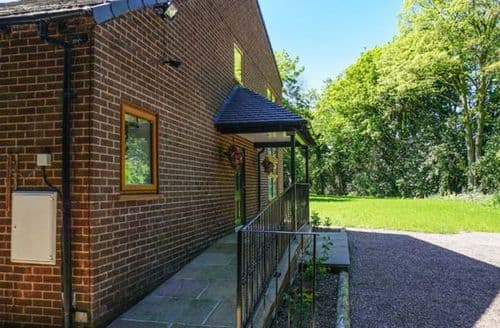 Last Minute Cottages - Quaint Frodsham Cottage S71390