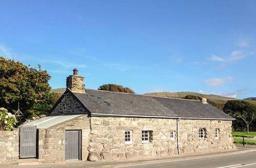 Last Minute Cottages - Hwylfa'r Groes