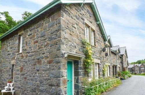 Last Minute Cottages - Superb Llanwddyn Cottage S58131