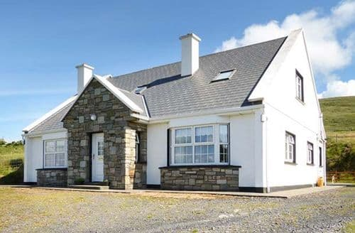 Last Minute Cottages - Wild Atlantic View Cottage