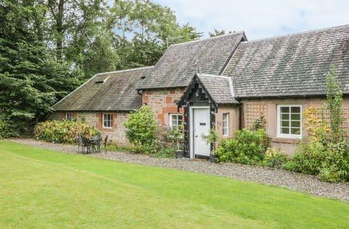 Last Minute Cottages - Adorable Drymen Cottage S85912
