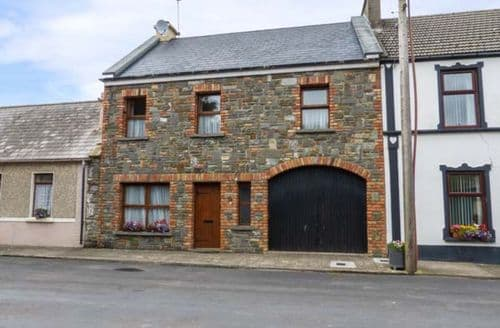 Last Minute Cottages - Carrigaholt Cottage