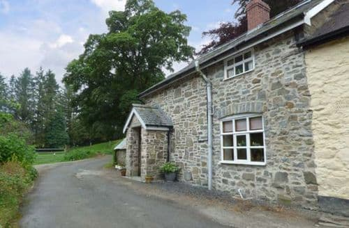 Last Minute Cottages - Preacher's Cottage
