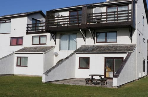 Last Minute Cottages - Myn Y Mor