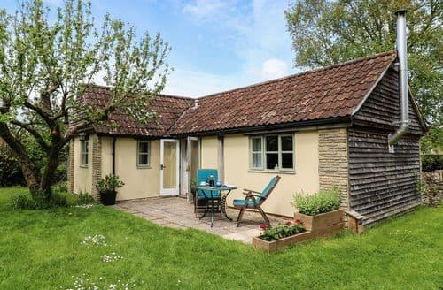 Last Minute Cottages - Inviting Nettleton Cottage S72588