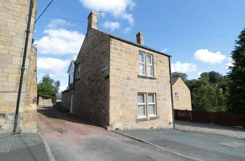 Last Minute Cottages - 2 Coquet Vale