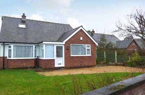 Last Minute Cottages - Excellent Preston Rental S4094