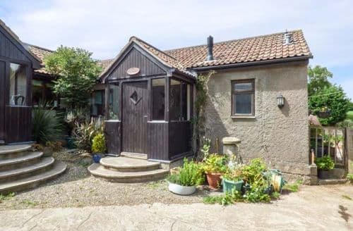 Last Minute Cottages - The Old Parlour