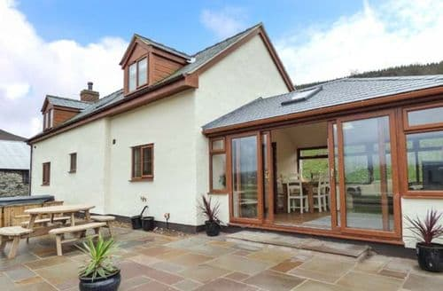Last Minute Cottages - Charming Glyn Dyfrdwy Cottage S77490