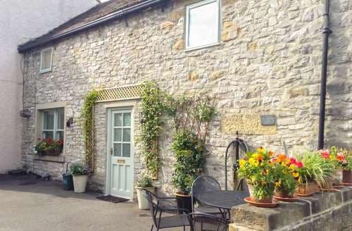Last Minute Cottages - Wonderful Bradwell Cottage S72655