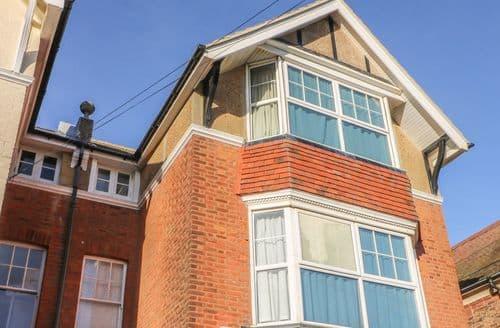 Last Minute Cottages - 24a Parkhurst Road