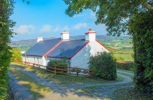 Last Minute Cottages - Cooley Cottage