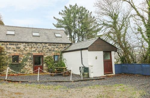Last Minute Cottages - The Cottage at Fronhaul