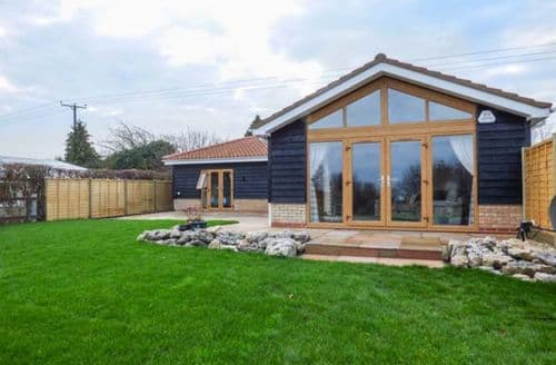 Last Minute Cottages - Charming Wicken Cottage S74178