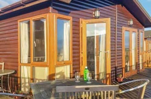 Last Minute Cottages - Lodge 19