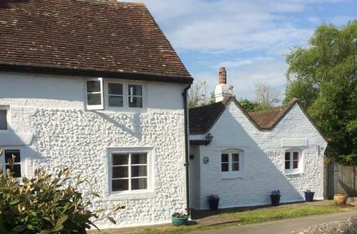 Dog Friendly Cottages - Splendid Piddinghoe Cottage S78056