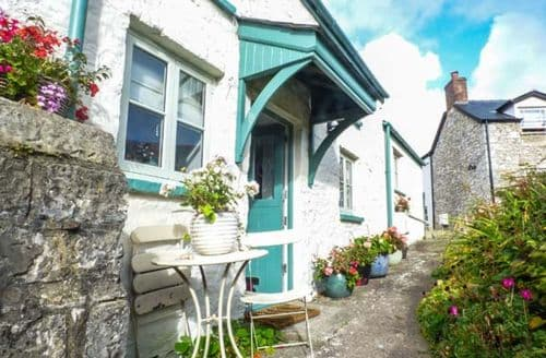Last Minute Cottages - Excellent Llantwit Major Cottage S72091