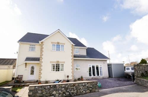 Last Minute Cottages - Superb Aberffraw Cottage S94013
