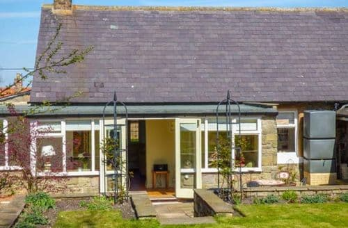 Last Minute Cottages - Charming Newton On The Moor Cottage S71970