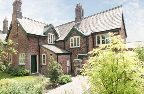 Last Minute Cottages - Newlands Farm