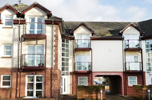 Last Minute Cottages - Lovely Largs Apartment S76867