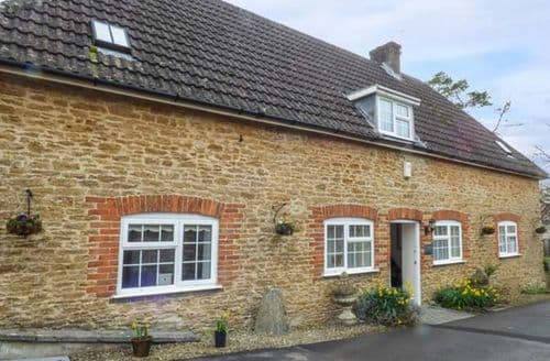 Last Minute Cottages - Cosy Radstock Cottage S78820