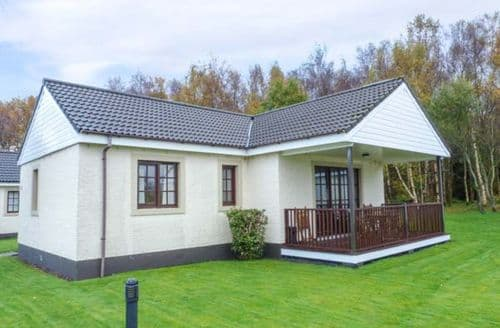Last Minute Cottages - Gorgeous Dailly Lodge S77573
