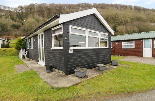 Last Minute Cottages - Exquisite Clarach Lodge S72996