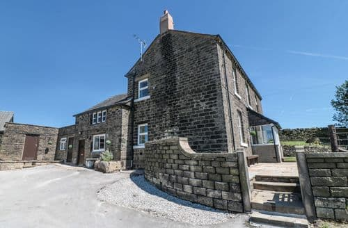 Last Minute Cottages - Wonderful High Peak Cottage S84053