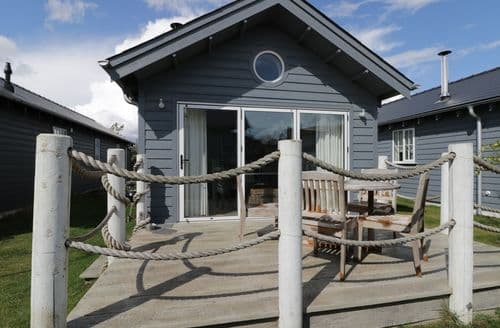 Dog Friendly Cottages - The Whittyfox Beach House