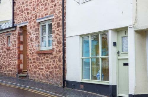 Last Minute Cottages - 1 Anchor Street