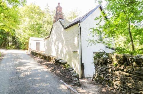 Last Minute Cottages - Gorgeous Llangollen Cottage S85109