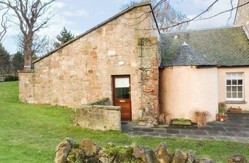 Last Minute Cottages - Mercat Cottage