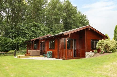 Last Minute Cottages - Lynn Croft Lodge