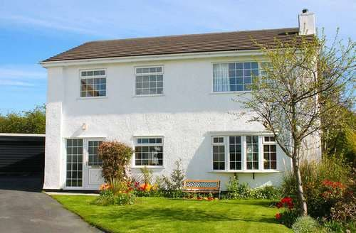 Last Minute Cottages - Gorgeous Glyngarth Cottage S80995