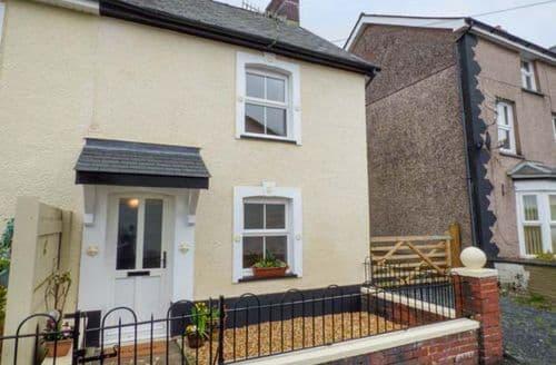 Last Minute Cottages - Brickfield Cottage