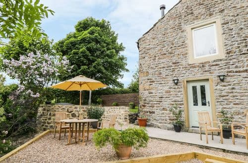 Last Minute Cottages - Inviting Colne Cottage S101007