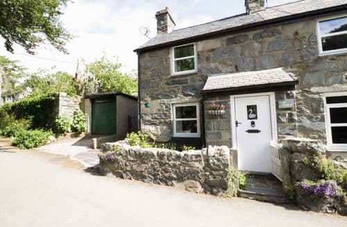 Last Minute Cottages - Swan Cottage