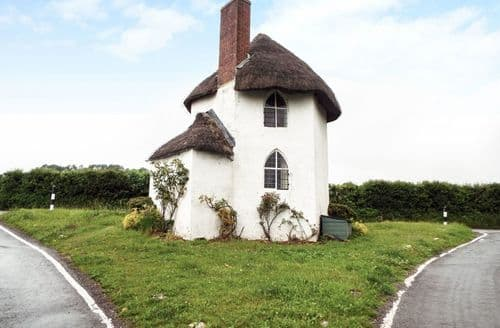 Last Minute Cottages - Inviting Bristol Cottage S81614
