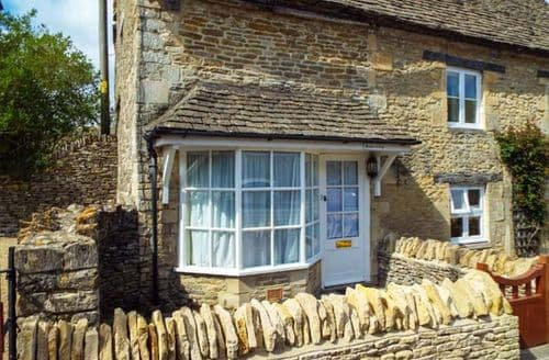 Dog Friendly Cottages - Meadow Cottage