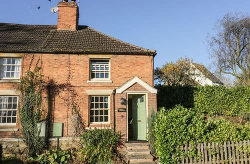 Last Minute Cottages - Lovely Braunston Cottage S86887